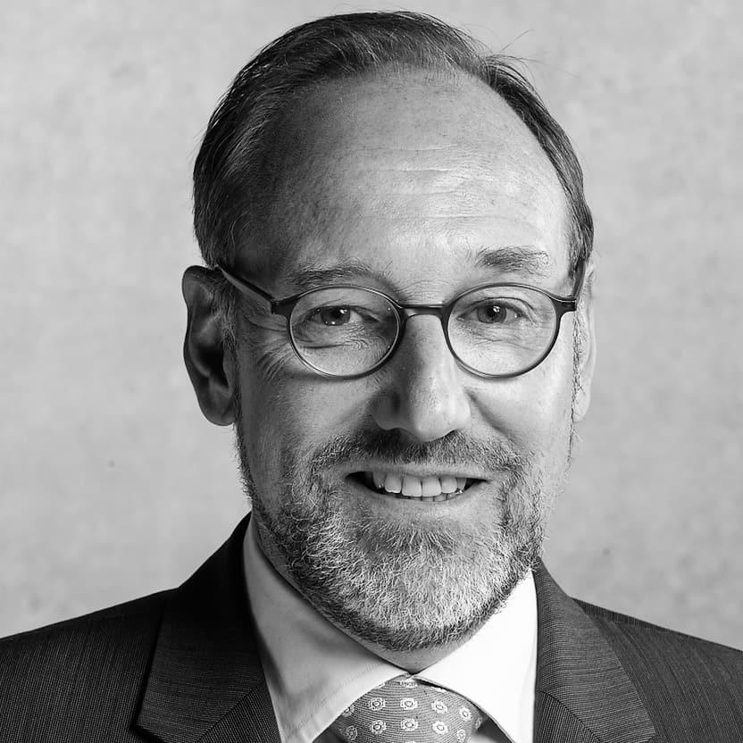 Prof. Carsten Claussen